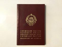 PASSPORT   REISEPASS  PASSAPORTO   PASSEPORT  DE SERVICE 1977. - Historische Dokumente