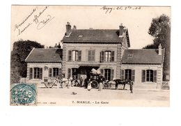 CPA 02 - Marle - La Gare , Beaux Attelages - Autres Communes