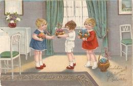 """""""Scene Of Litle Children Offering Flowers"""" Lovely Postard 1930/40s - Escenas & Paisajes"""