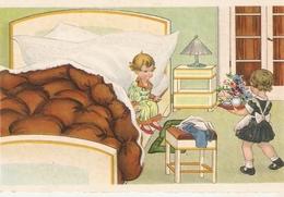 """""""Scene. Little Girl  Greetig Boy With.."""" Lovely Postard 1940s - Escenas & Paisajes"""