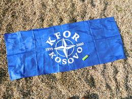 DRAPEAU K.F.O.R.  KOSOVO Années 1990 ............état Neuf - Flags