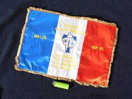 DRAPEAU KOSOVO - OPERATION TRIDENT  - 2003  ............état Neuf - Flags