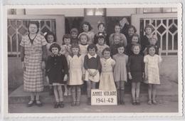 LIVRY-GARGAN - Ecole Jacob, Classe De 9e De Mlle Gauthier 1941-42 Avec Tous Les Noms Des Enfants Au Verso - Livry Gargan
