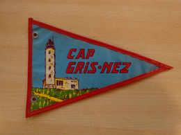 Fanion Touristique France CAP GRIS NEZ - CAP BLANC NEZ  (vintage Années 60) - (Vaantje - Wimpel - Pennant - Banderin) - Obj. 'Souvenir De'