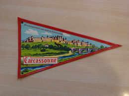 Fanion Touristique France CARCASSONNE  (vintage Années 60) - (Vaantje - Wimpel - Pennant - Banderin) - Obj. 'Souvenir De'