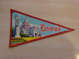 Fanion Touristique France LISIEUX  (vintage Années 60) - (Vaantje - Wimpel - Pennant - Banderin) - Obj. 'Souvenir De'