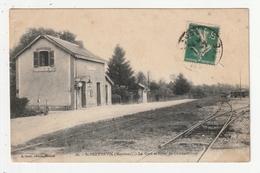SAINT BERTHEVIN - LA GARE ET LIGNE DE CHATEAUBRIANT - 53 - France