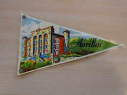 Fanion Touristique France AURILLAC (vintage Années 60) - (Vaantje - Wimpel - Pennant - Banderin) - Obj. 'Souvenir De'