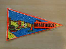 Fanion Touristique France MARTIGUES -PROVENCE (vintage Années 60) - (Vaantje - Wimpel - Pennant - Banderin) - Obj. 'Souvenir De'