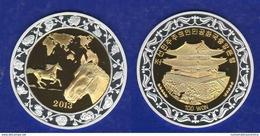 Nord Corea 100 Won 2013 North Korea Cavallo Pferd Horse BIG Bimetallic Coin Chinese Zodiac - Korea, North