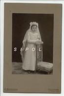 Jeune Communiante à  Mulhouse   Début 1900  Photo Sur Support Carton - Religion & Esotericism