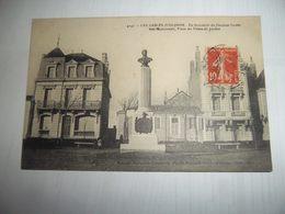 7abb - CPA N°4147 - LES SABLES D'OLONNE -  En Souvenir Du Docteur Godet - Son Monument, Place Du Palais  - [85] Vendée - - Sables D'Olonne