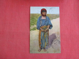 Jeune Bedouine  Ref 3135 - Europe