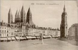 TOURNAI - Grand'Place - Edition Dochy-Huynen, Tournai - Doornik