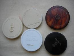5 Anciennes Recharge De Poudrier Et Poudrier PATOU - KLYTIA - COTY - VICHY - GEMEY - - Produits De Beauté