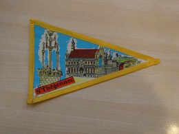 Fanion Touristique France ST THEGONNEC - BRETAGNE (vintage Années 60) - (Vaantje - Wimpel - Pennant - Banderin) - Obj. 'Souvenir De'
