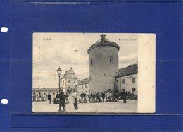 ##(ROYBOX1)- Postcards - Poland - Lublin -  Podwòrze Zamku- The Courtyard Of The Castle - Animated -  Used 1910 - Polonia
