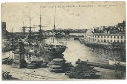 CARTE POSTALE / BREST PORT MILITAIRE DE BREST / L'AVANT PORT / 1930 - Brest