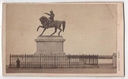 CDV Photo Originale XIXème Album Famille Davy CHERBOURG  Statue Napoléon Par Rideau Cdv 2609 - Photos