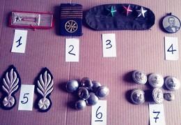 VECCHI BOTTONI DIVISA+ SPALLINE + ALTRO MILITARE (230917) - Badges