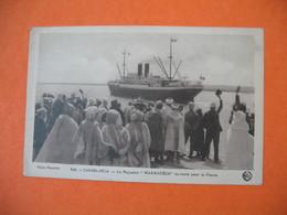 "CPA   Maroc  Casablanca  -  Le Paquebot  "" Marrakéch En Route Pour La France    1934 - Casablanca"