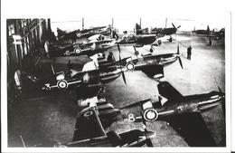 PHOTO AVION DEWOITINE D520 Dans Hangar      16X9CM   RETIRAGE ANCIEN - 1946-....: Era Moderna