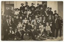 Société De Musique  Villageoise Alsacienne  Vers 1915 Costumes Instruments - Instrumentos De Música