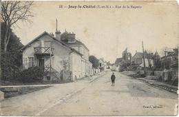 D77 - JOUY LE CHATEL - RUE DE LA RAPERIE - Enfant Au Milieu De La Rue - Autres Communes