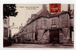 BAUGE - 49 - Maine Et Loire - Place De La Croix Orée Et Rue Saint Pierre - Other Municipalities