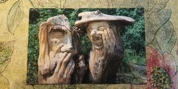Crimea, Yalta. Wooden Mushroom  - Old Postcard - 1980s - Funghi