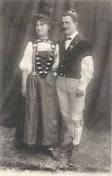 CPA Costumes * Canton De Berne * - Costumes