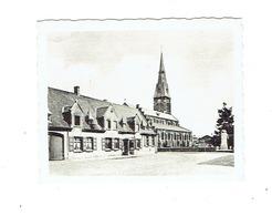 """KUURNE - Oud Gemeentehuis. Plaats Der Weggevoerden  - """"Ken Uw Land - Reeks 131-4"""" - 9 X 7 Cm. - Kuurne"""