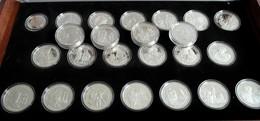 Cook Inseln: 500 Years Of America: Eine Sammlung An 25 Silbermünzen, Davon 24 X 50 Dollars, 1 X 10 D - Cook