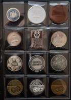 Medaillen Deutschland: Album Voll Mit 38 Medaillen, überwiegend Von Der Gesellschaft Für Internation - Allemagne