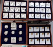 Medaillen Deutschland - Personen: Medaillen Aus Dem Hause Göde / Bayerische Münzkontor: 17 Holzboxen - Allemagne