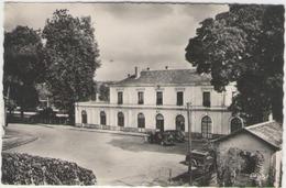 Cpsm 79 Saint Maixent L école -  La Gare - Saint Maixent L'Ecole
