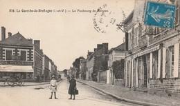 Rare Cpa La Guerche De Bretagne Le Faubourg De Rennes Animée - La Guerche-de-Bretagne