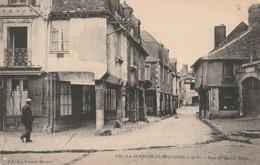 Rare Cpa La Guerche De Bretagne Rue Du Cheval Blanc - La Guerche-de-Bretagne