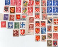 Lot De 67 Timbres Neufs (anciens Francs) Blasons, Marianne,Pétain Etc... - Autres