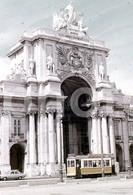 70s TRAM CARRIS TERREIRO DO PAÇO LISBOA PORTUGAL 35mm DIAPOSITIVE SLIDE Not PHOTO No FOTO B3318 - Diapositives (slides)