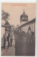CPA- CAMBODGE - Phnom-Penh -Eléphants Se Rendant Aux écuries- TBE 2scans - Cambodia