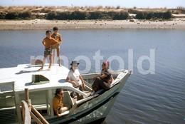 1972 RIVER BOAT PORTUGAL  AMATEUR 35mm DIAPOSITIVE SLIDE Not PHOTO No FOTO B3336 - Diapositives (slides)