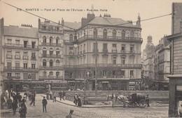 NANTES (loire Atlantique) Pont Et Place De L'écluse;rue Des Halles - Nantes
