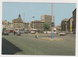1232/ SAINT-ETIENNE Place Chavanelle (1982).- Bus, Autobus.voitures, Cars, Macchine.- Non écrite. Unused. Non Scritta. - Saint Etienne