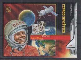 M92. Guine-Bissau - MNH - 2012 - Space - Spaceships - Soyuz 19 - Bl - Space