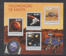 P92. Mozambique - MNH - 2014 - Space - Spaceships - Astronauts - Mars - Space