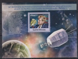 Z92. Guinea-Bissau - MNH - 2013 - Space - Relay 1 - Famous People - Bl. - Space