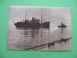 ARKHANGELSK 1930s Port, Steamer. Russian Postcard - Russie