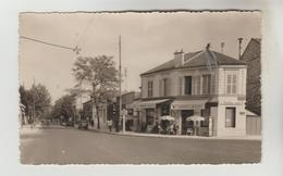 CPSM SAINT MAUR DES FOSSES (Val De Marne) - La Place Nationale, Avenue Du Bac - Saint Maur Des Fosses