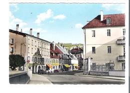 D 25   PONTARLIER  Rue Du Faubourg Saint Etienne  (voitures) - Pontarlier